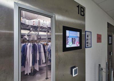 Zentralumkleide mit Bekleidungsautomat, 2013